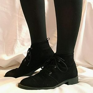 🍂ankle high black boots 🍂